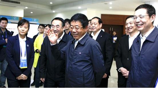 教育部部长调研武汉、厦门,科达高教普教案例成应用样板